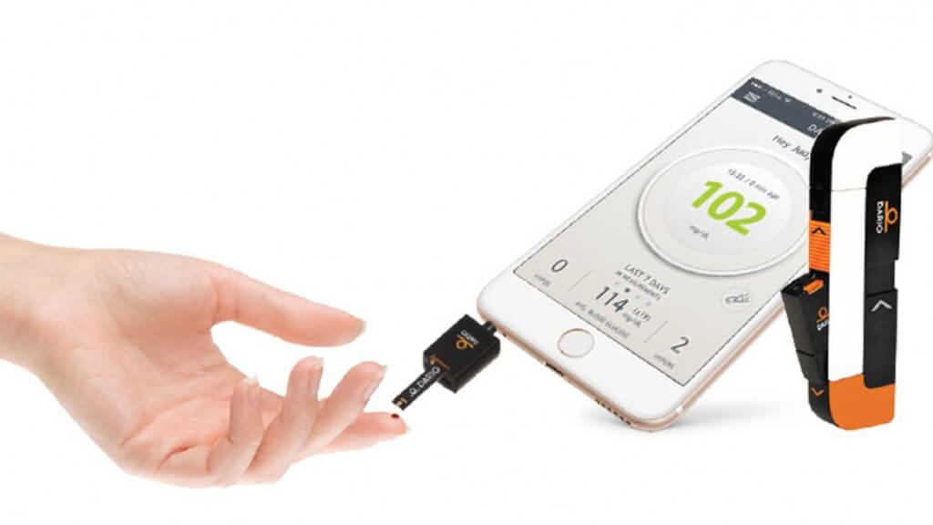 iPhone smart glucose meter app