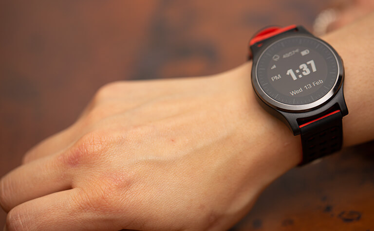 LTE-M connection smartwatch